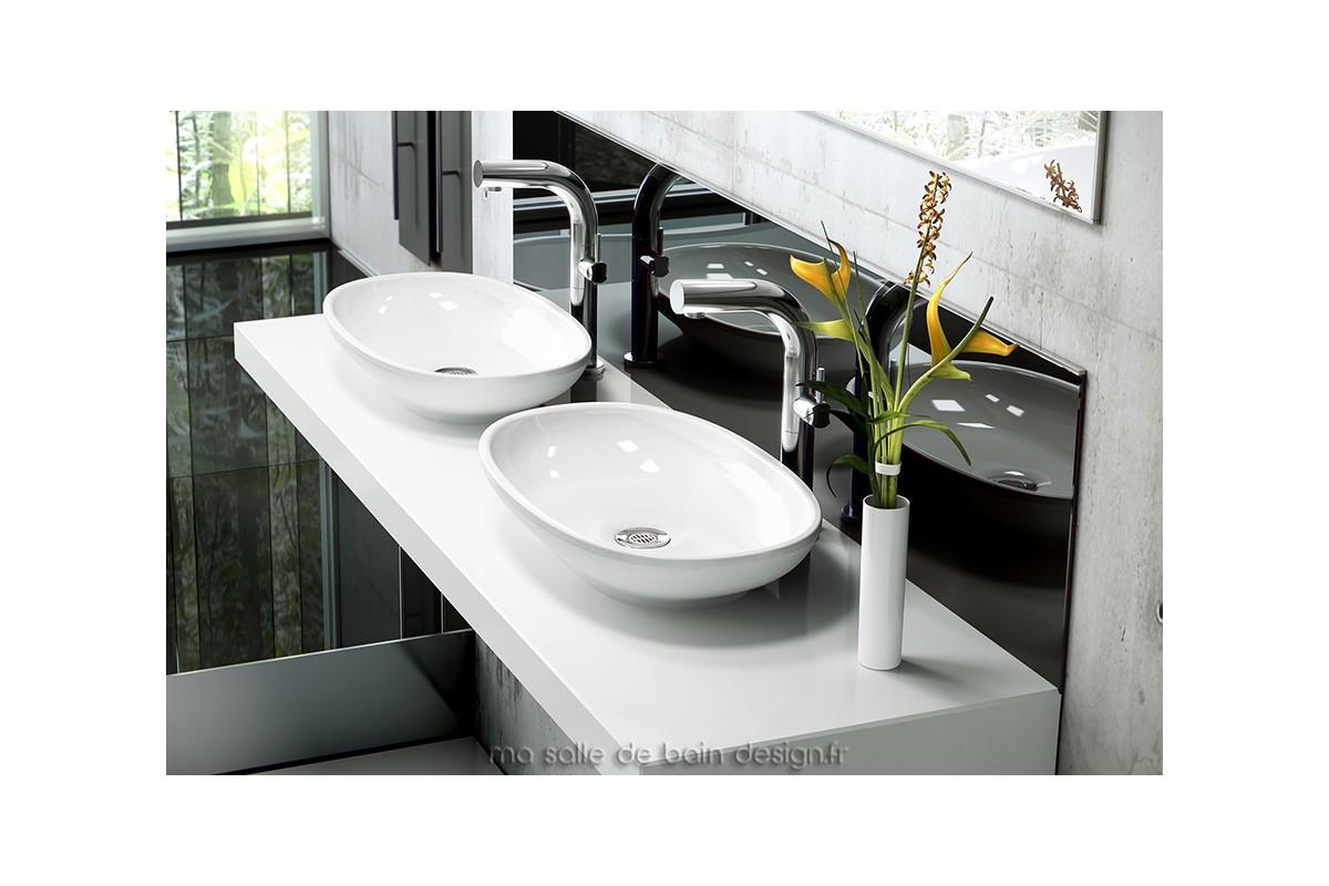 Vasque poser ovale cabrits 55 par victoria albert for Ma salle de bain design