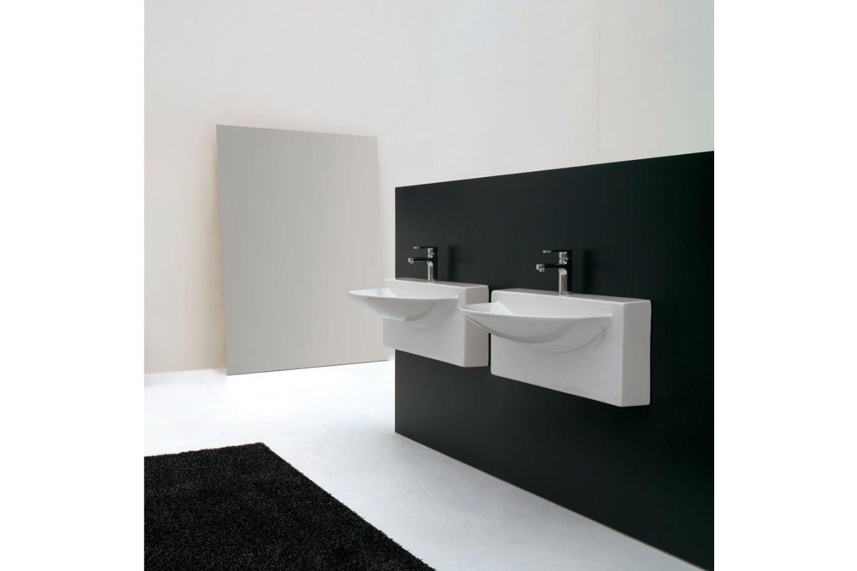 vasque suspendue 70x47cm wall en c ramique blanche. Black Bedroom Furniture Sets. Home Design Ideas