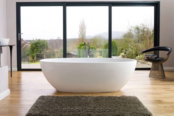 Baignoire ilot moderne barcelona ovale au style tr s pur - Salle de bain avec baignoire ilot ...