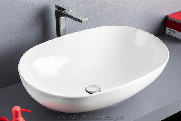 Vasque bol ovale à poser en céramique La Ciotola 70 d'Artceram