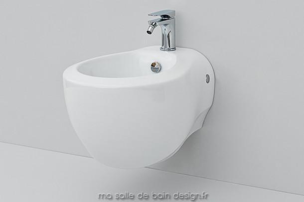 Bidet suspendu design Blend par Artceram 36x52cm