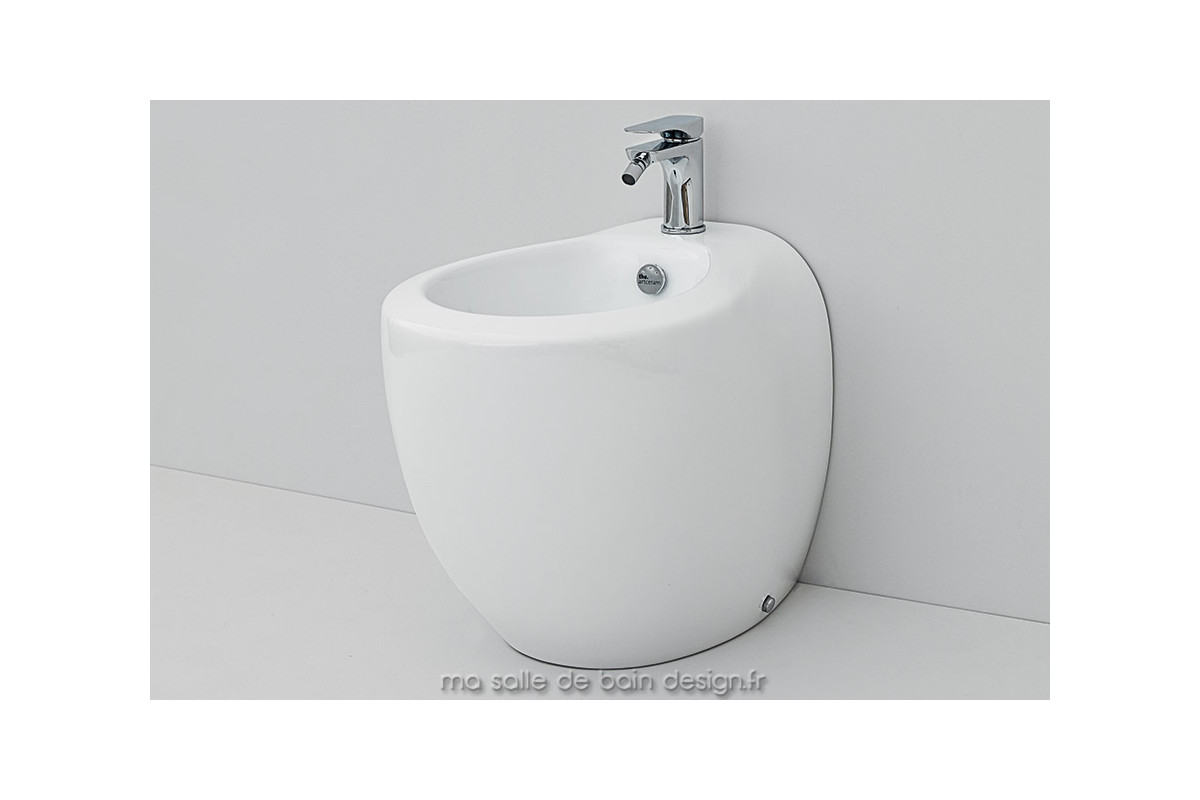bidet poser moderne en c ramique blend vente sur. Black Bedroom Furniture Sets. Home Design Ideas
