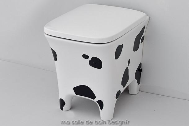 Toilettes design à poser Cow d'Artceram motif vache
