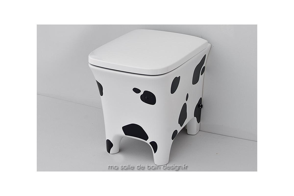 wc poser originaux cow d 39 artceram en c ramique motif peau de vache. Black Bedroom Furniture Sets. Home Design Ideas