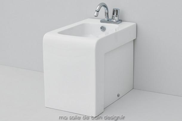 Bidet à poser design La Fontana céramique blanche 36x54cm