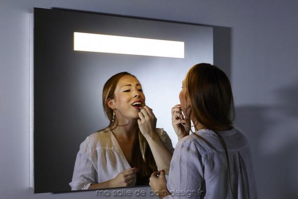 Miroir salle de bains lumineux à LED hauteur 70 cm, largeur 90 cm, extra-plat B.Pure 2 Deknudt