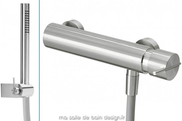 Mitigeur design mural de douche avec douchette en inox brossé S22 par Water Evolution
