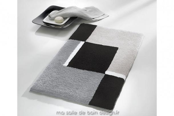 Tapis décoratif pour salle de bains à motifs géométriques noirs et gris, disponible en 3 dimensions