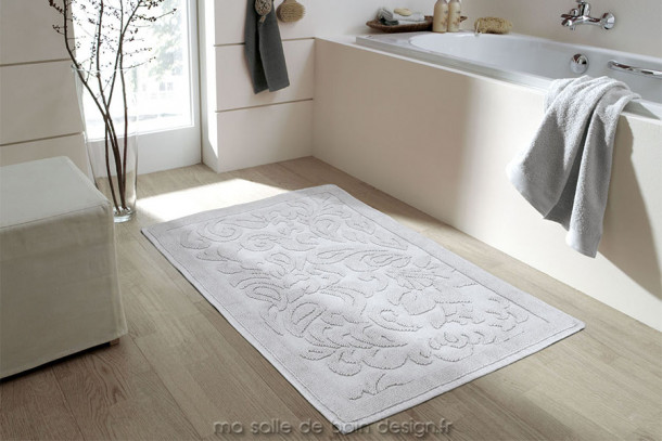 tapis de bains newport disponible en gris ou blanc hauteur de m che 6 mm. Black Bedroom Furniture Sets. Home Design Ideas