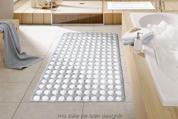 tapis de bains merida carr ou rectangulaire disponible en gris ou taupe. Black Bedroom Furniture Sets. Home Design Ideas